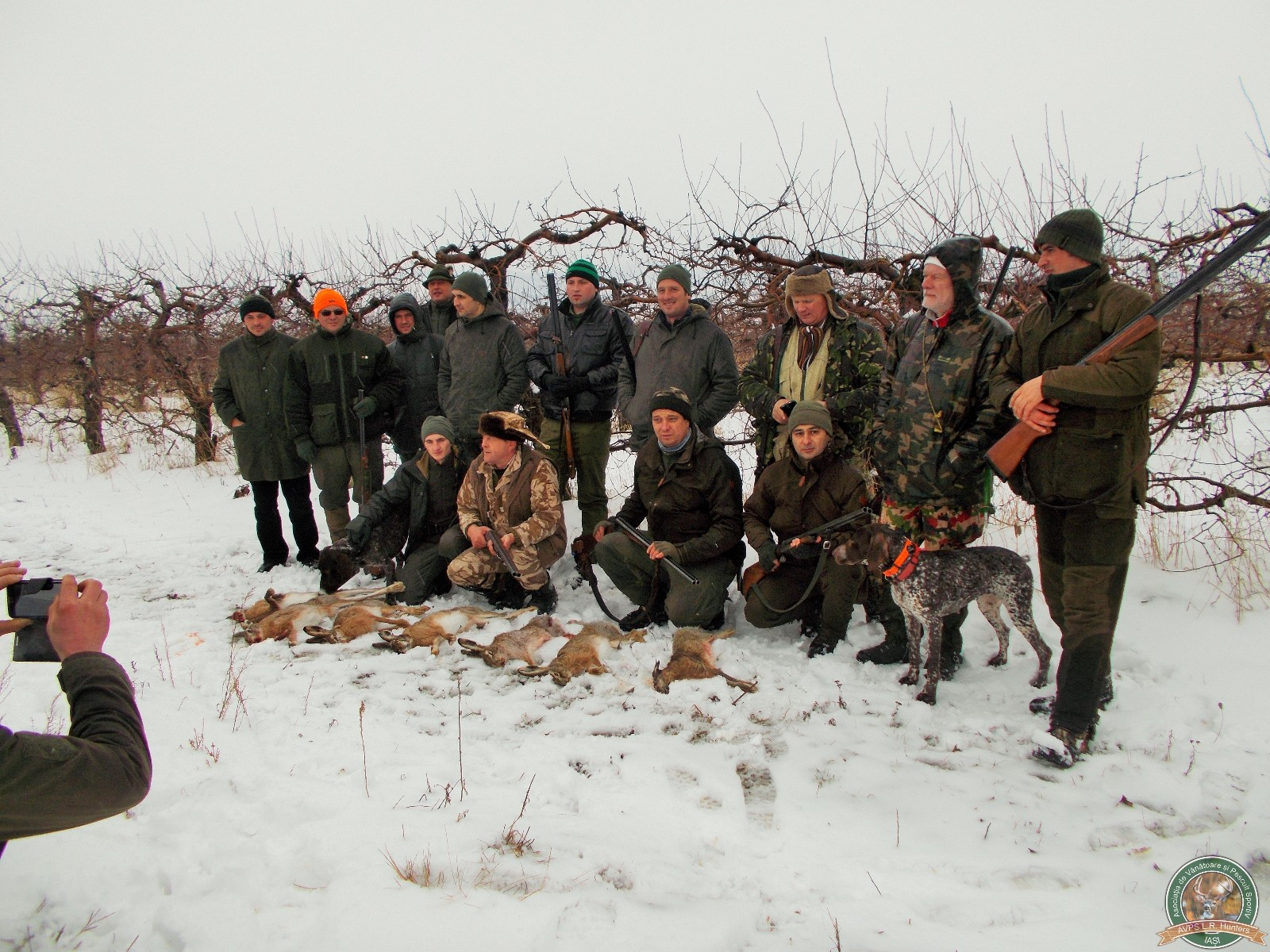 avps-lr-hunters-liteni_60-30